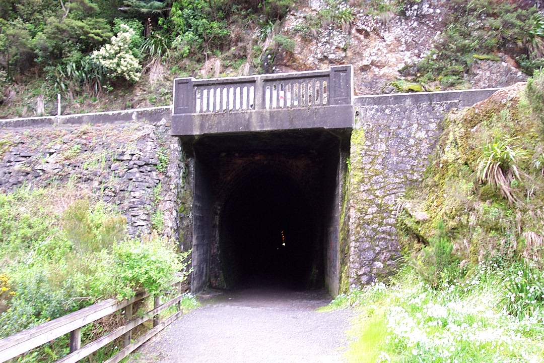 Tunnel heading towards Karangahake carpark.  The dot of daylight is the other end of the tunnel 1,000 metres away.
